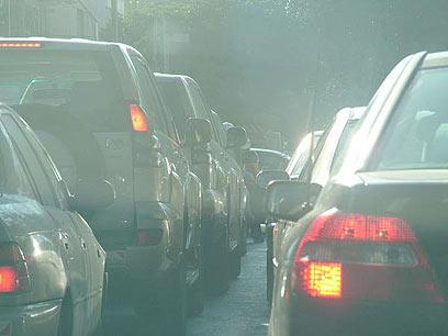 כלי רכבב ישנים: מזהמים את האוויר יותר  (צילום: עופר מאיר)