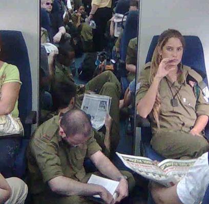 Image result for יום ראשון חיילים ברכבת