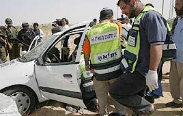 מכוניתה של טלי חטואל בה נהרגה עם ארבע בנותיה