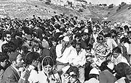 בית העלמין בצפת: אלפי בני אדם בלוויות ההרוגים