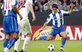 דקו פורטו מבקיע שער שני