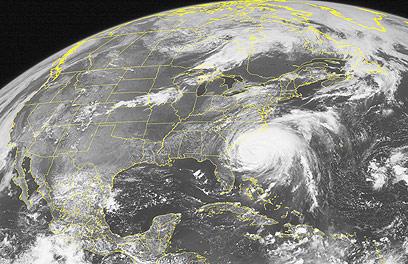 תמונת לווין של ההוריקן (צילום: AP)