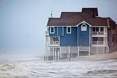 הסופה מתקרבת (צילום: EPA)