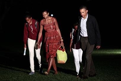 משפחת אובמה קטעה את החופשה (צילום: AP)