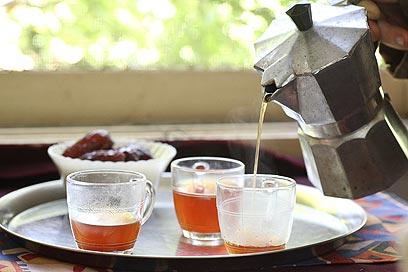 קפה מקומי (צילום: אסף רונן )