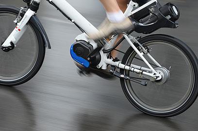 אופניים עם מנוע חשמלי