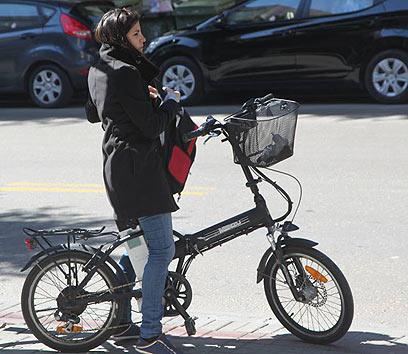 אופניים חשמליים (ארכיון) (צילום: מוטי קמחי)