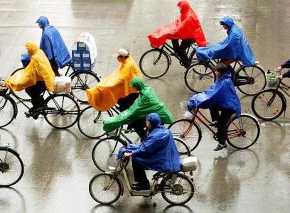 החורף הגיע, ועמו גם הרטיבות - בדקו והכינו את האופניים (צילום: איי פי)