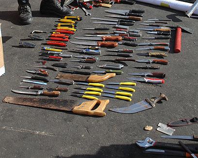 Armes trouvées à bord