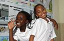 """תלמידות ב""""רוגוזין"""" (צילום: עופר עמרם)"""