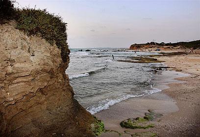 מדהים הפור נפל: כפר הנופש בחוף פלמחים בוטל IC-81