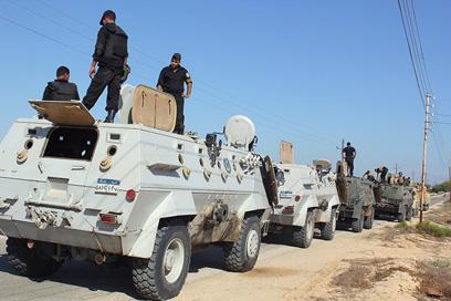 הצבא המצרי בסיני. 60 מחבלים חוסלו (צילום: AFP)