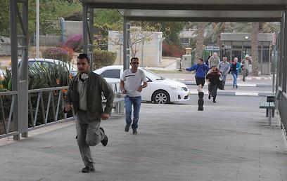 ריצה למרחב מוגן, היום בדרום (צילום:הרצל יוסף)