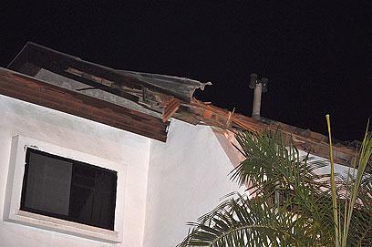 הבית הפגוע בשדרות (צילום: זאב טרכטמן)