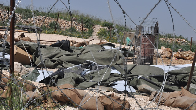Destruction of ilegal structures in Yitzhar (Photo: George Ginsberg) (Photo: George Ginsburg)