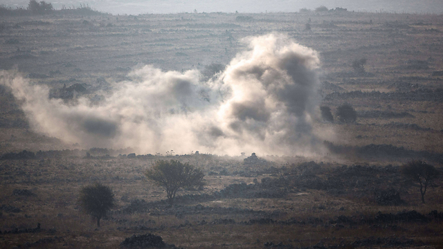 The fighting in Quneitra as seen from the Israeli side (Photo: AFP)