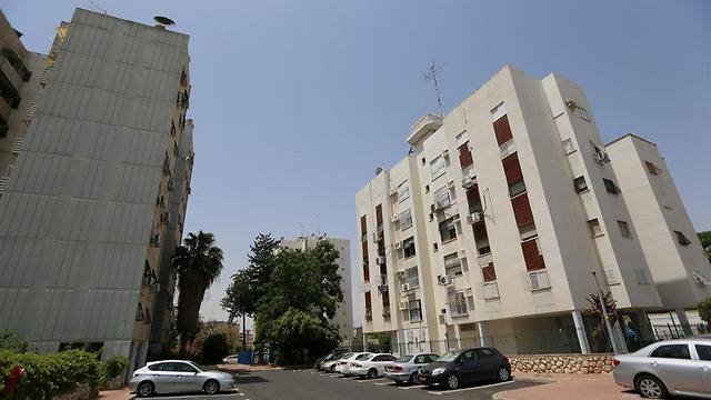 מקורי פינוי בינוי ענק בלוד: 3,600 דירות חדשות במרכז העיר XG-53