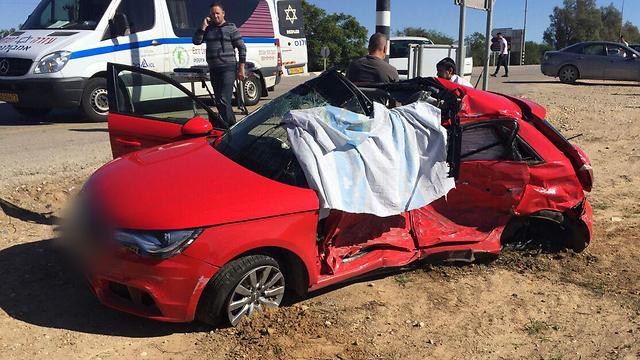 תאונה: Ynet תאונה אחרי המסיבה: שתי נערות נהרגו, בת 18 נפצעה אנוש
