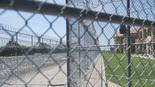 איש העסקים ברני מיידוף מת בכלא