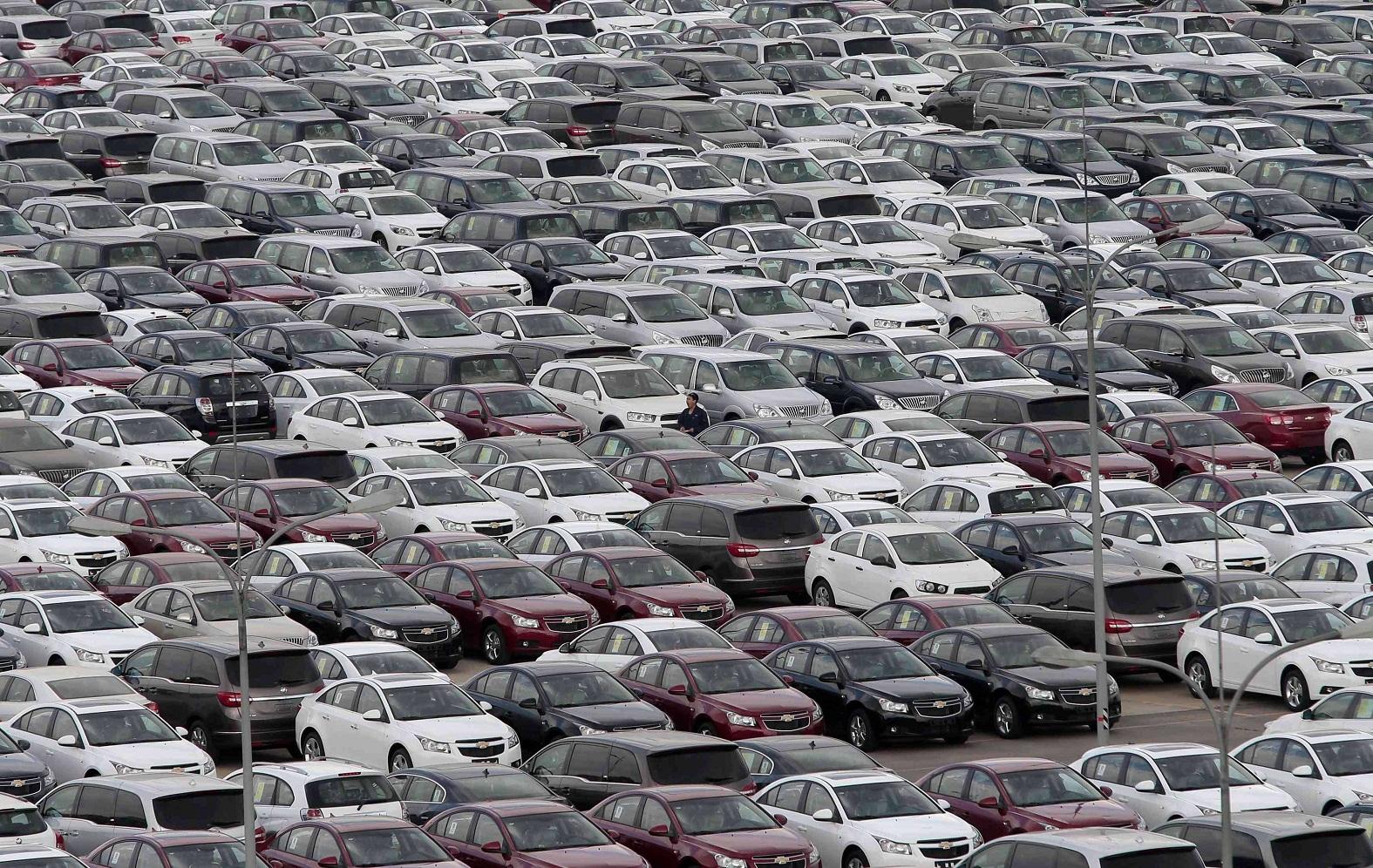 מכוניות. היבואנים נדיבים יותר בהנחות למועדוני הצרכנות. חפשו אותן (צילום: רויטרס) (צילום: רויטרס)