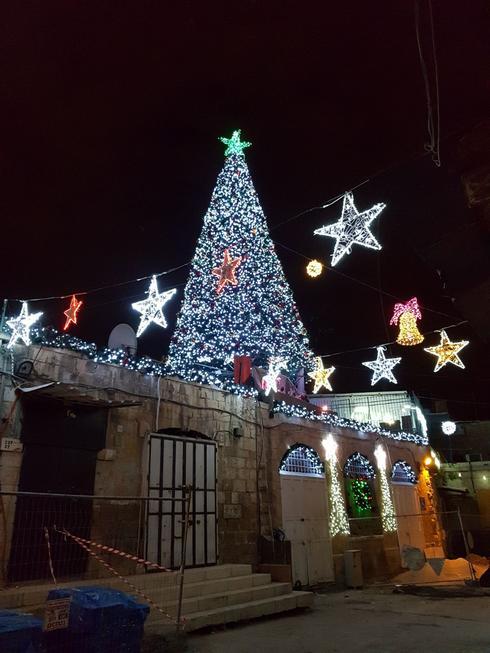 כריסמס ברובע הנוצרי בירושלים (צילום: אלי מנדלבאום)