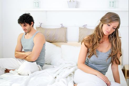 אם תצליחו לשוחח על הבעיות המיניות שלכם, כבר פתרתם 50 אחוז מהבעיות הזוגיות שלכם (צילום: Shutterstock)