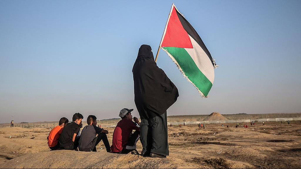 Palestinians protest near the Israel-Gaza border  (Photo: EPA)
