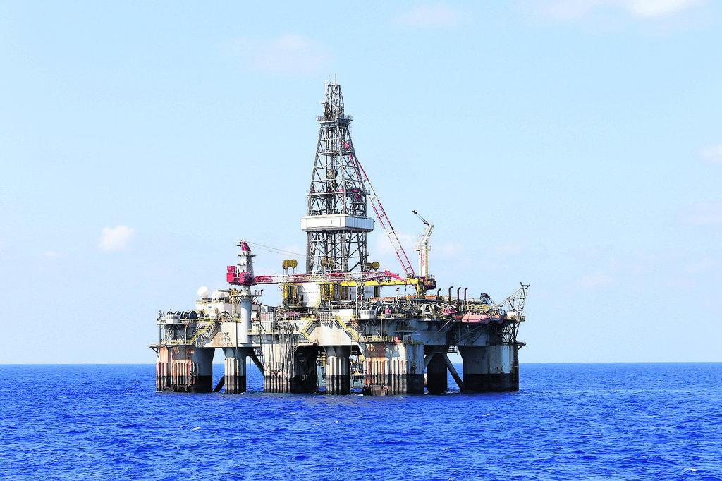 The Leviathan gas rig  (Photo: Elad Gershgoren)