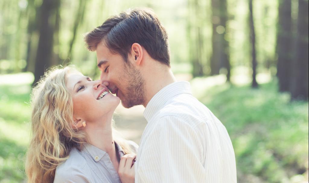 סקס בחיק הטבע (צילום: Shutterstock)