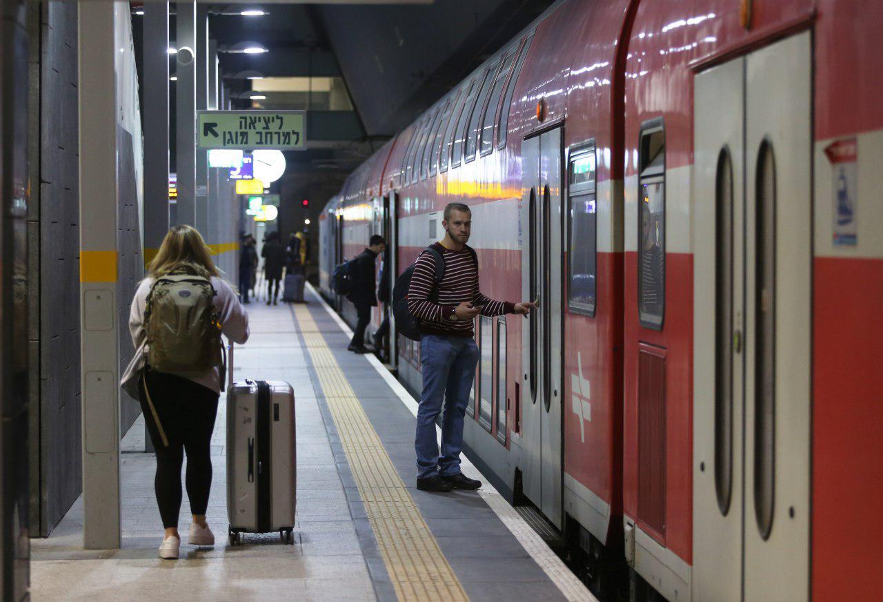 בחרו לא להגיב. רכבת ישראל (צילום: אלכס קולומויסקי) (צילום: אלכס קולומויסקי)