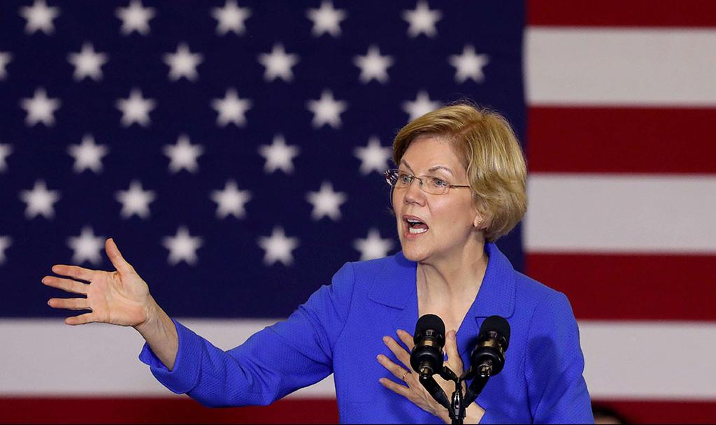 U.S. Senator Elizabeth Warren at a rally before the Iowa Caucus   ()