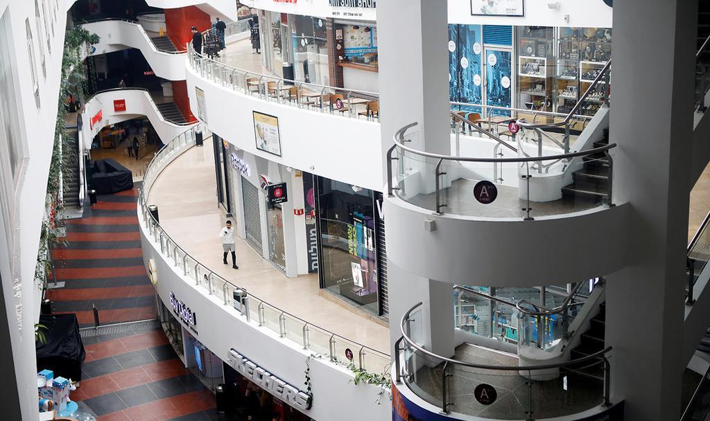 מרכזי קניות ריקים (צילום: רויטרס)